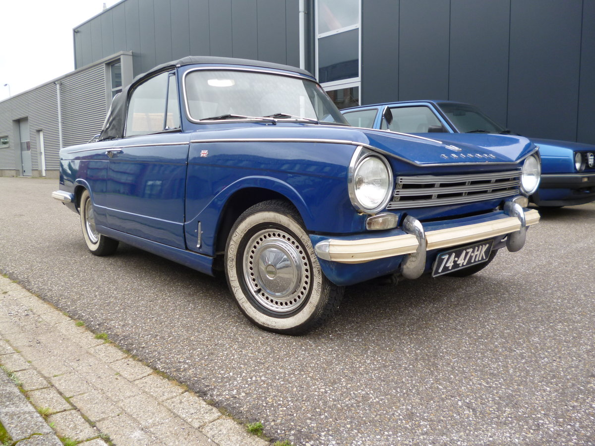 Triumph Herald 1970 LHD convertible For Sale (picture 1 of 6)