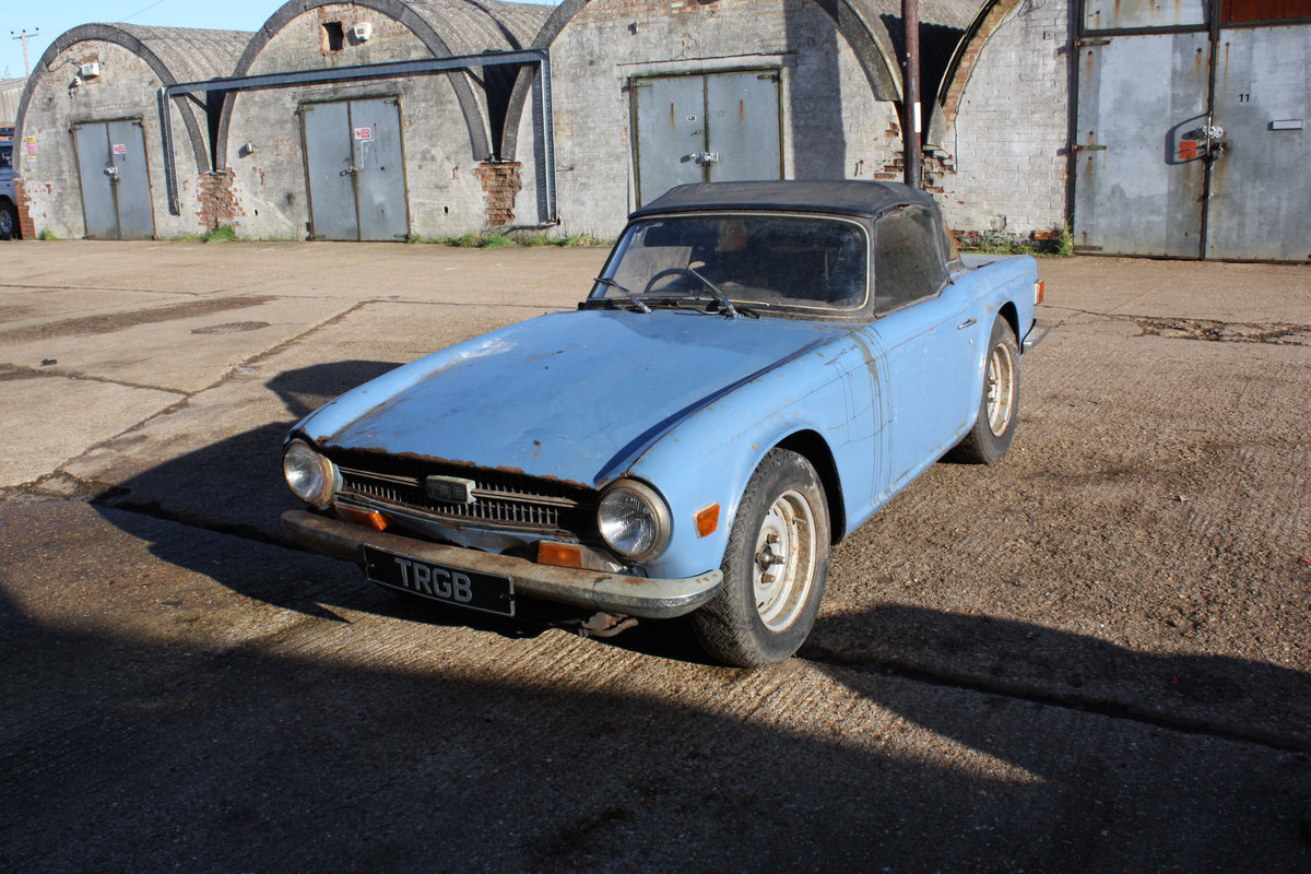 BARN FIND TR6 1971 GENUINE 150 BHP CAR WITH OVERDRIVE. SOLD (picture 1 of 6)