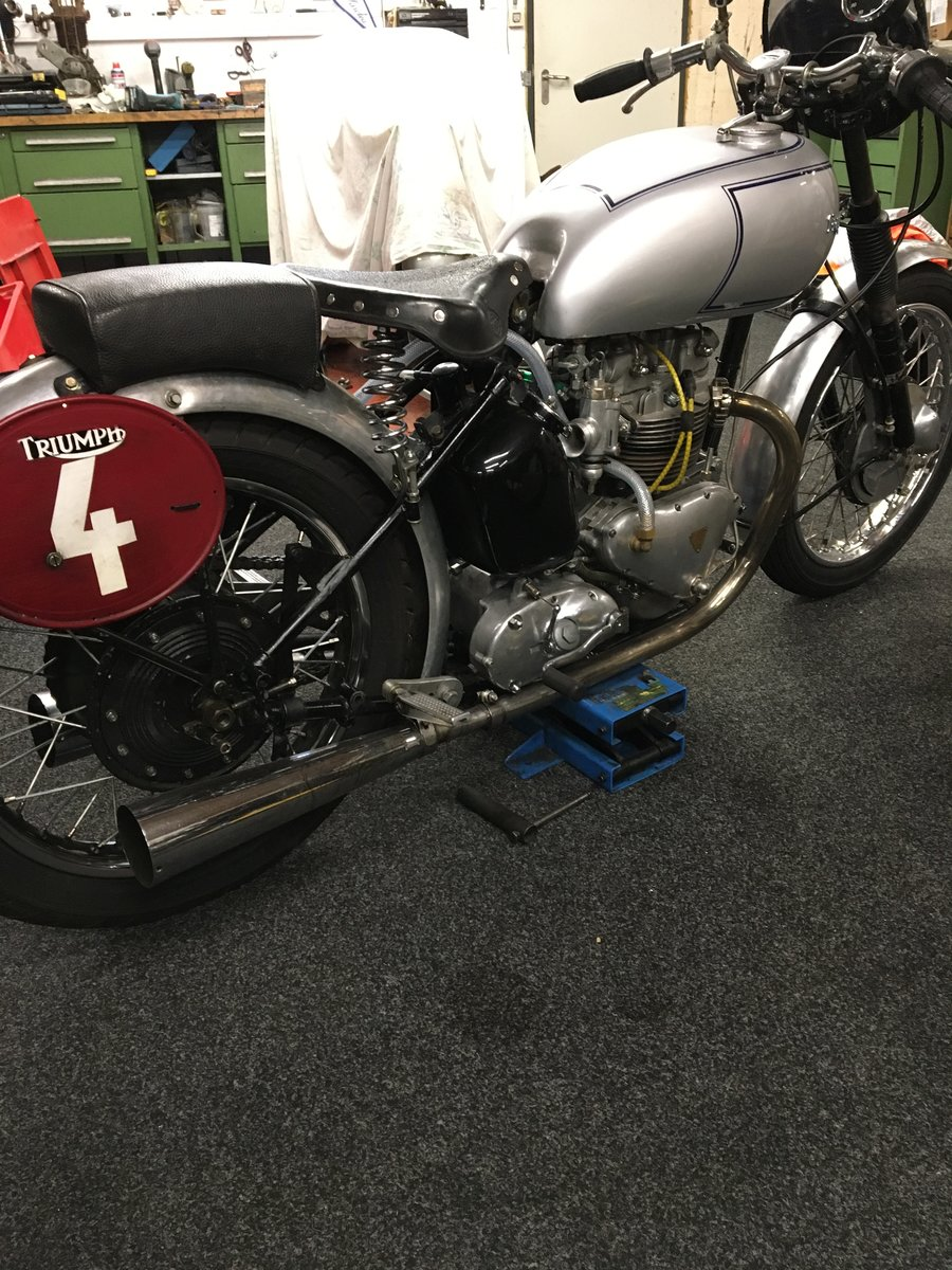Triumph T100 Racing 1949 For Sale (picture 5 of 6)