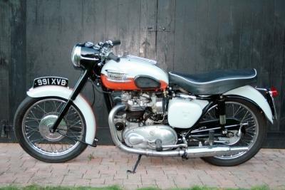 1959 1958 Triumph T120 Bonneville