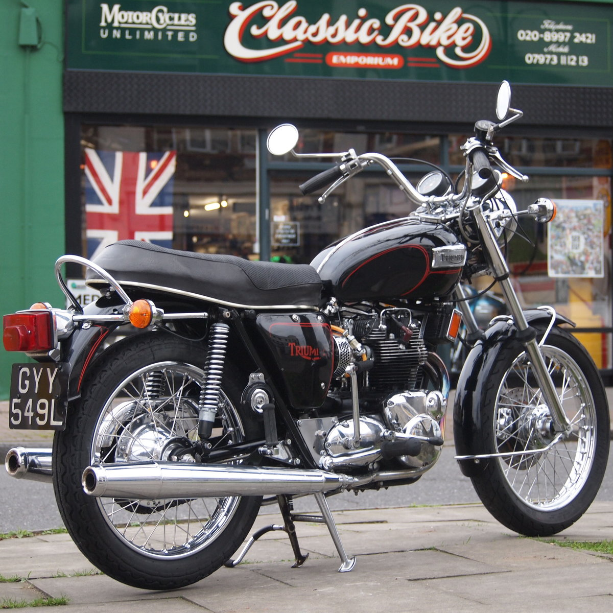 1973 Triumph T150V Triple 750cc Triple. RESERVED FOR ADRIAN. SOLD (picture 1 of 6)