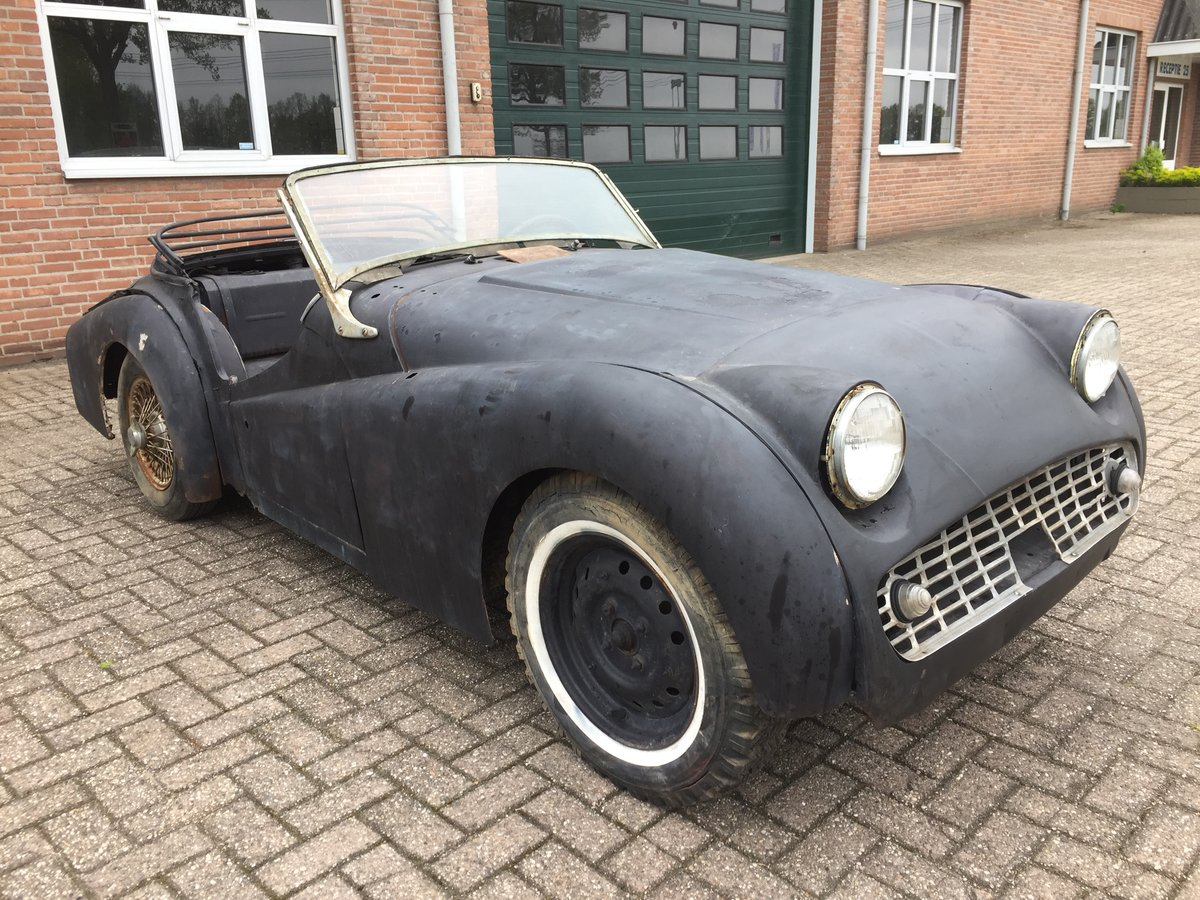 1959 Triumph TR3A for restoration For Sale (picture 1 of 6)