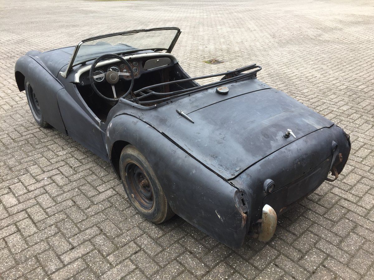 1959 Triumph TR3A for restoration For Sale (picture 2 of 6)