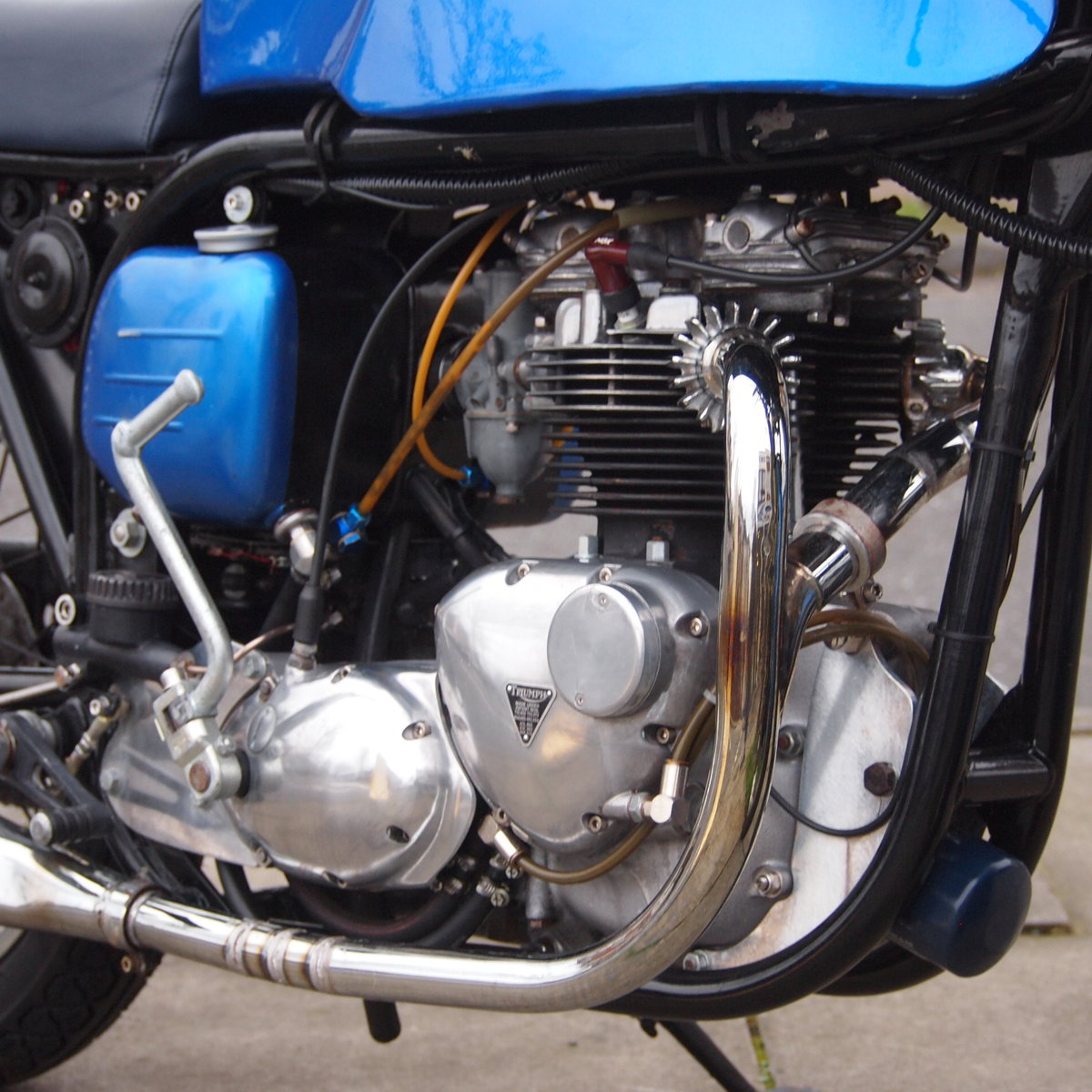 1965 Triumph T140 Triton Cafe Racer. RESERVED FOR NORMAN. SOLD (picture 4 of 6)