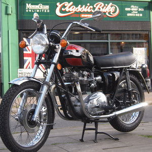 1976 Beautiful Triumph T140 750 Bonneville. SOLD