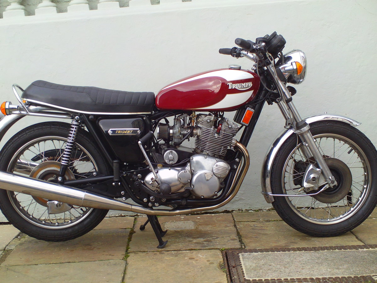 1978 TRIUMPH TRIDENT T160V SOLD (picture 1 of 6)