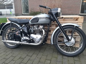 Triumph T100 rigid spring hub 1954 For Sale