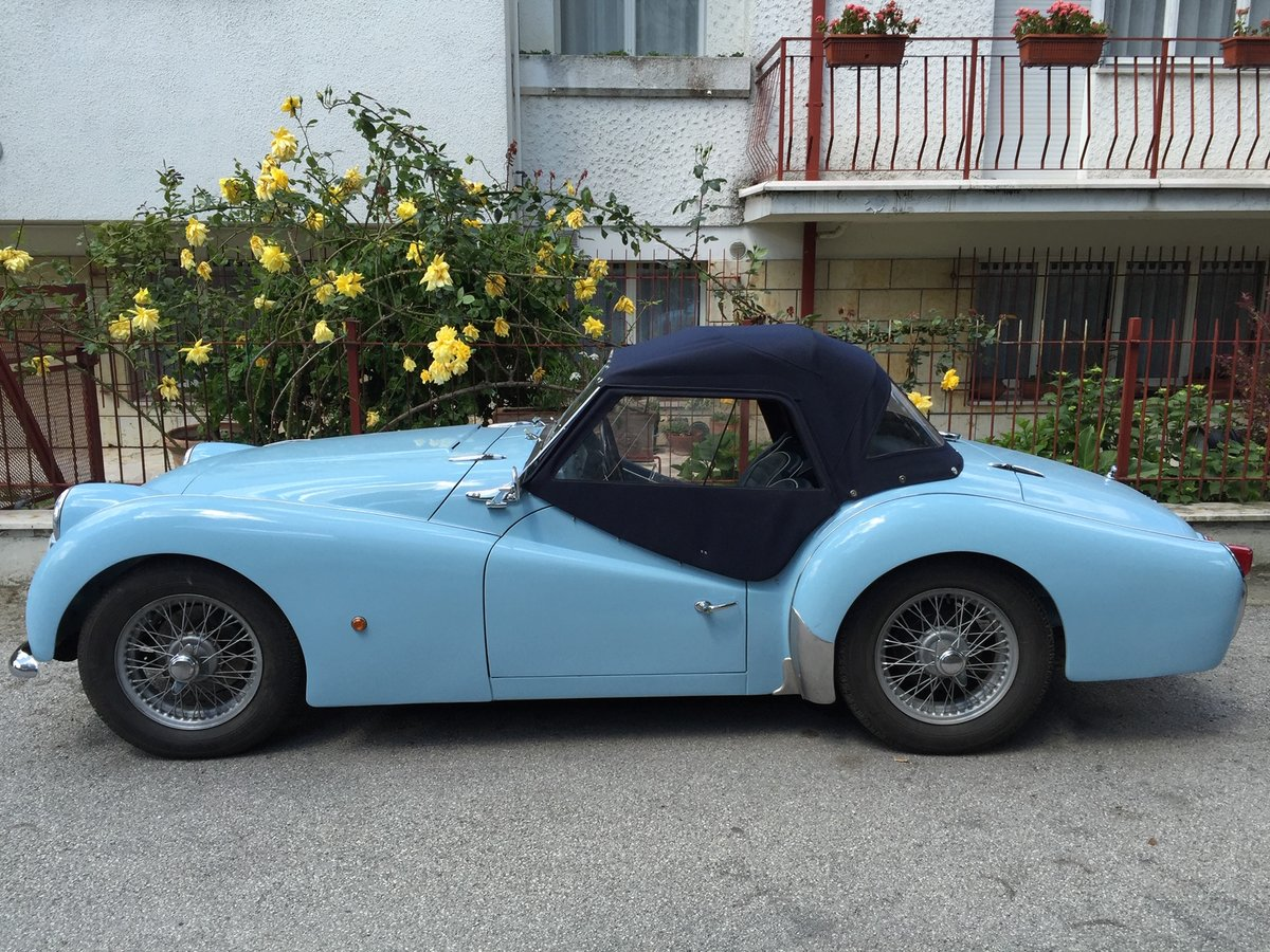 1961 Triumph Tr3 A Completely restored - like new! For Sale (picture 3 of 6)