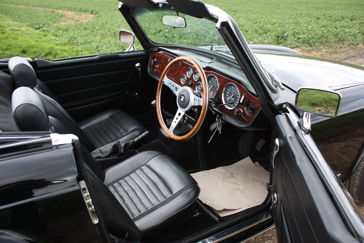TR6 1973 ORIGINAL UK FUEL INJECTED CAR WITH OVERDRIVE SOLD (picture 2 of 6)