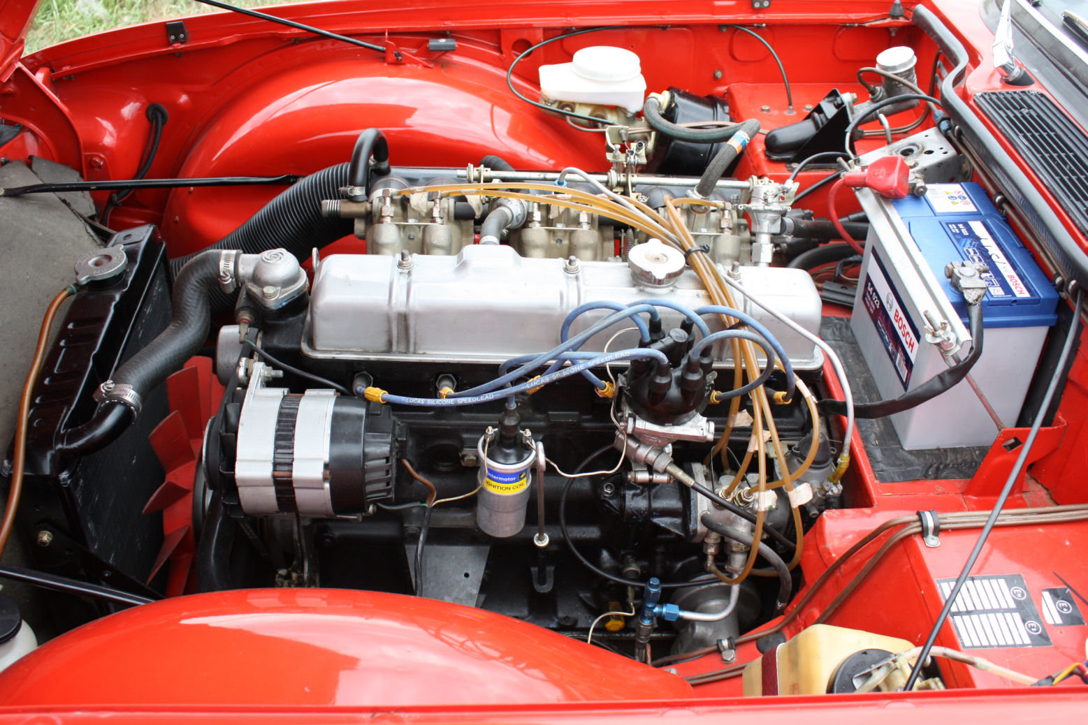 TR6 1972 PIMENTO RED WITH OVERDRIVE. 150BHP FUEL INJECTED EN SOLD (picture 5 of 5)