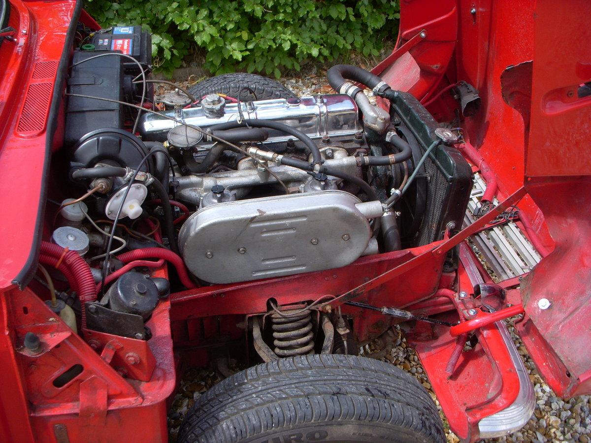 1969 Triumph Vitesse 2 Litre Mark II Convertible  SOLD (picture 3 of 6)