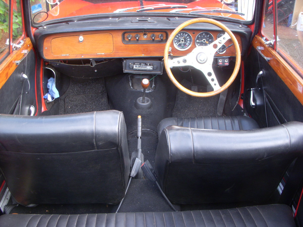 1969 Triumph Vitesse 2 Litre Mark II Convertible  SOLD (picture 5 of 6)