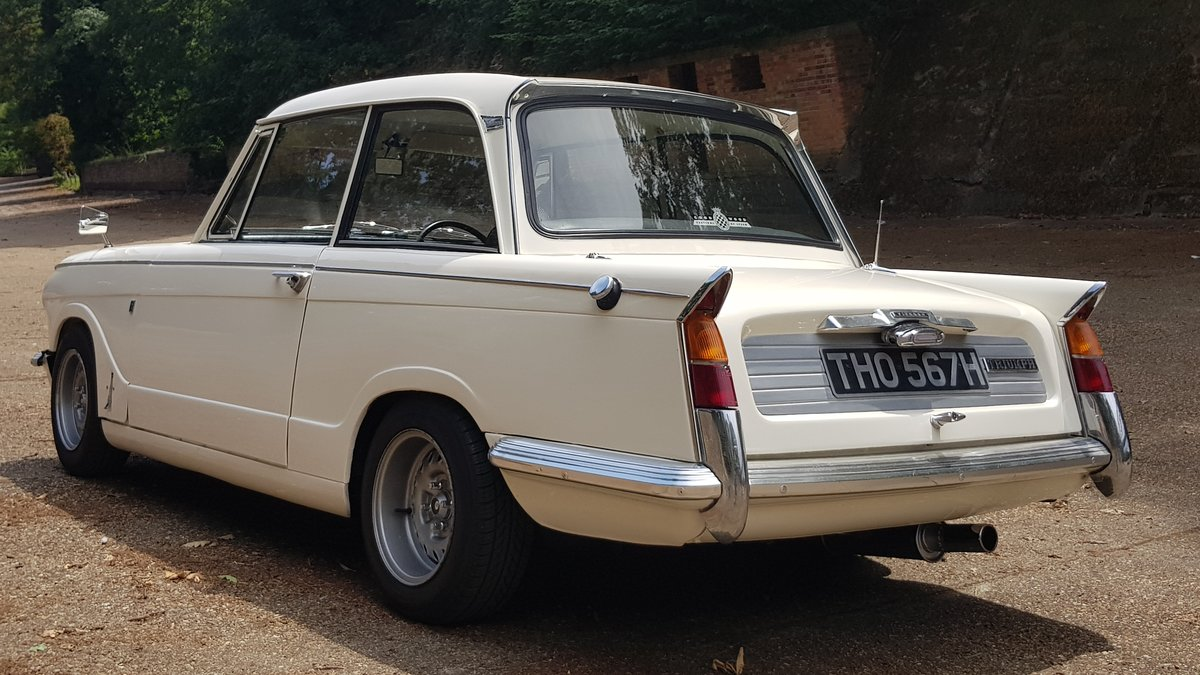 1970 Triumph Vitesse Mk2 Saloon with overdrive SOLD (picture 2 of 6)