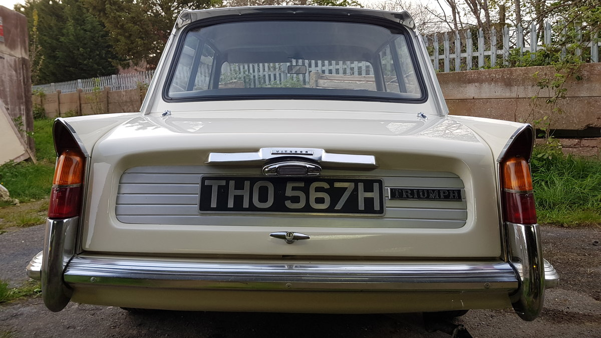1970 Triumph Vitesse Mk2 Saloon with overdrive SOLD (picture 4 of 6)