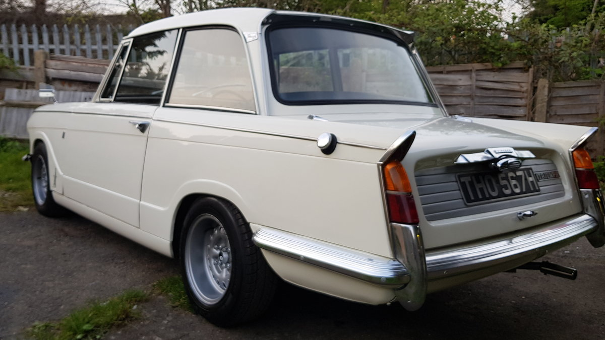 1970 Triumph Vitesse Mk2 Saloon with overdrive SOLD (picture 5 of 6)
