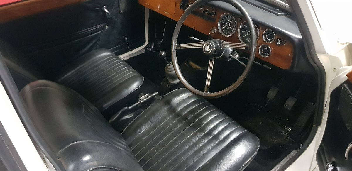 1970 Triumph Vitesse Mk2 Saloon with overdrive SOLD (picture 6 of 6)