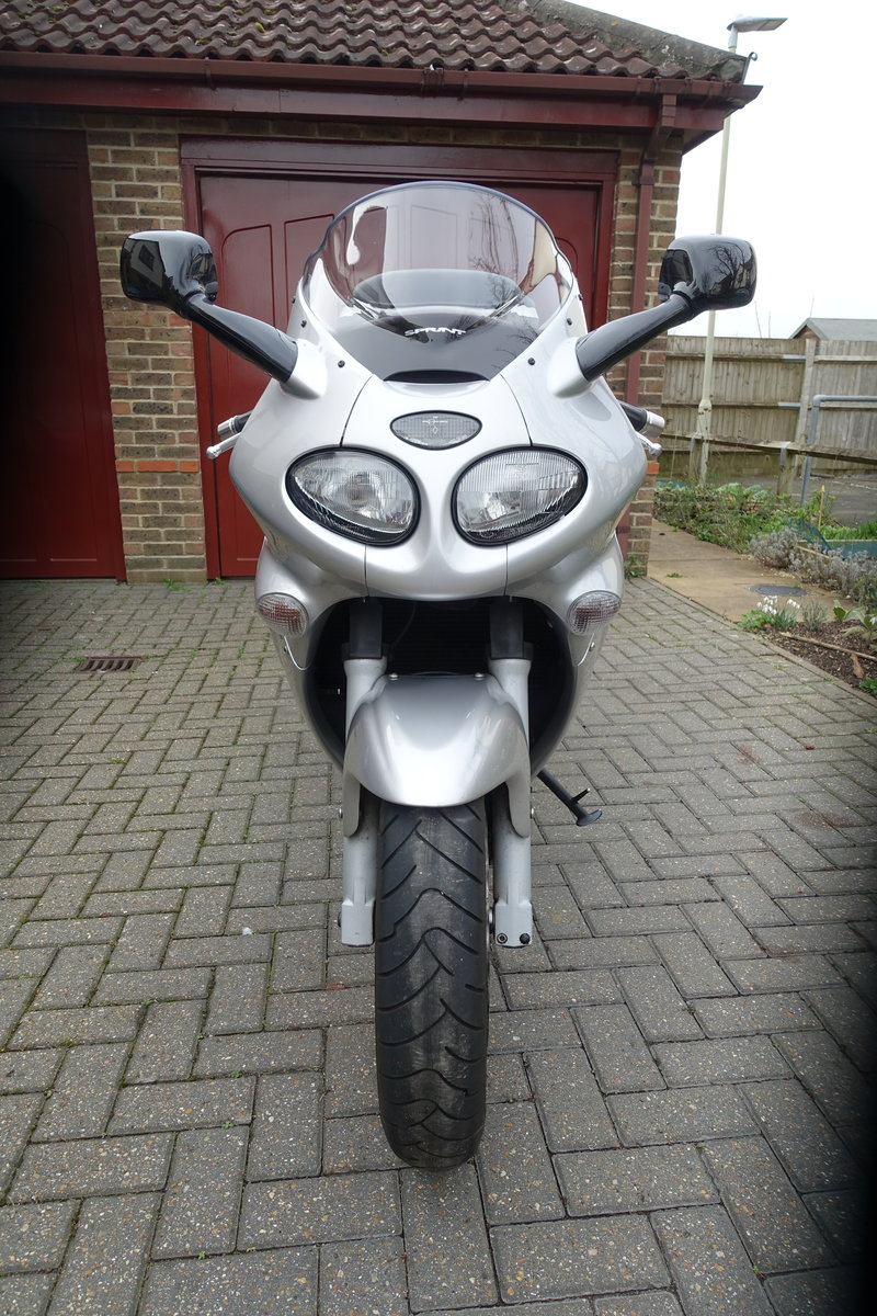 2004 Triumph Sprint ST  For Sale (picture 2 of 5)