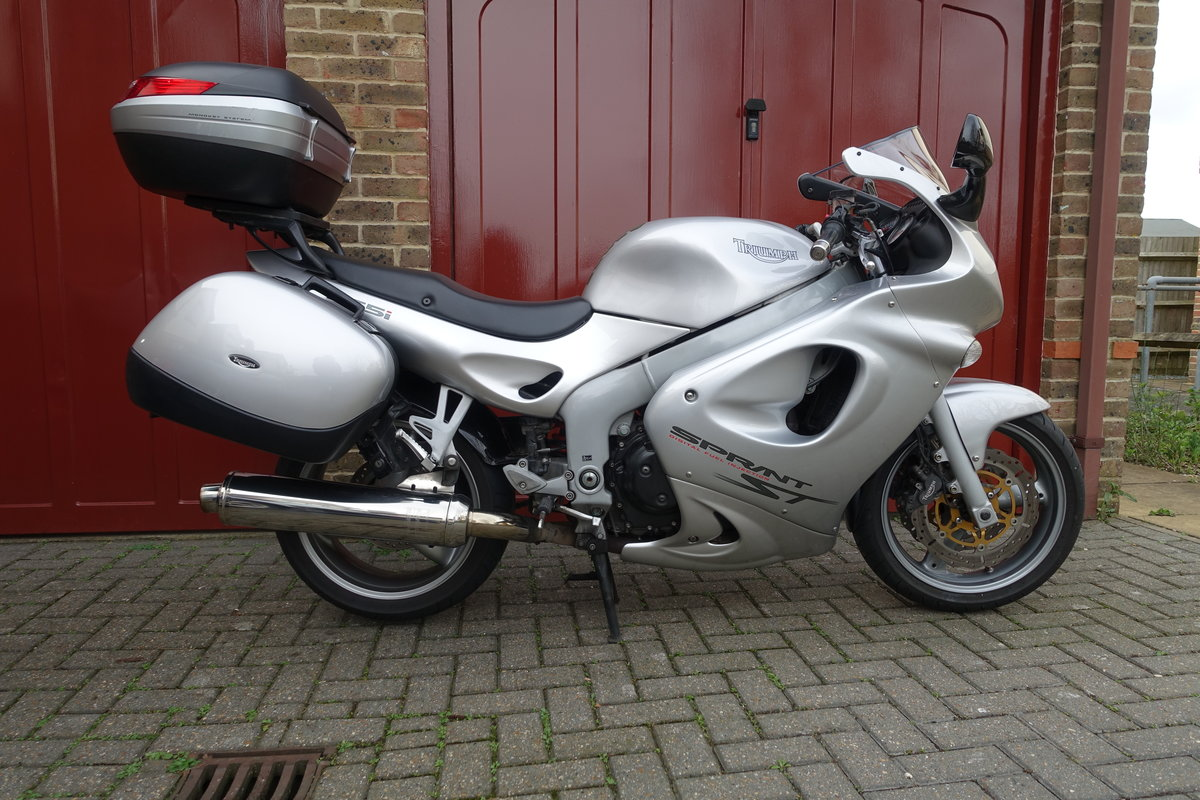 2004 Triumph Sprint ST  For Sale (picture 4 of 5)