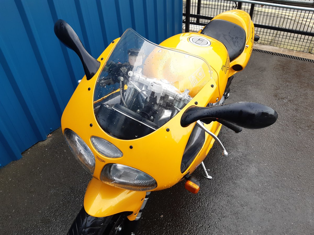 1997 Genuine 11000 miles only! SOLD (picture 5 of 6)