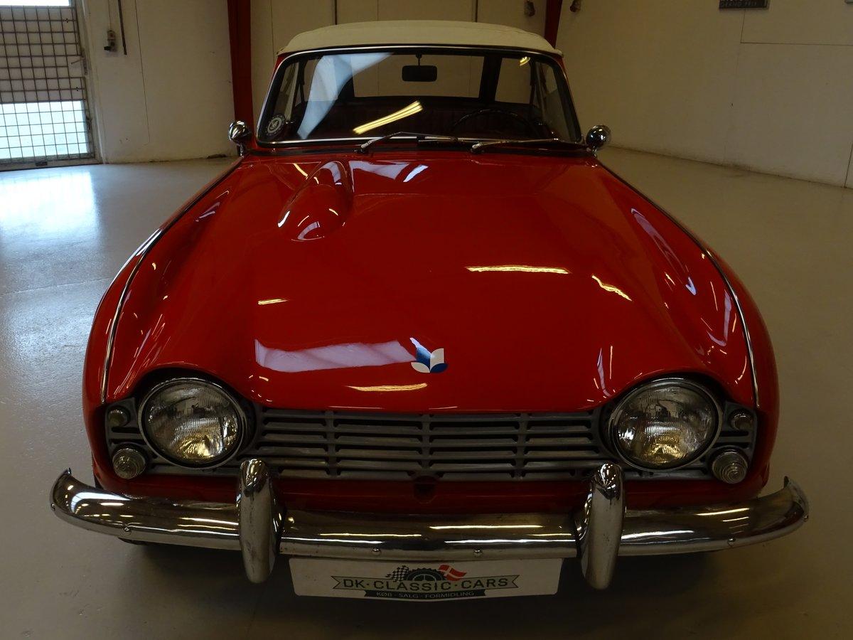 1962 Triumph TR4 – Restored For Sale (picture 2 of 20)