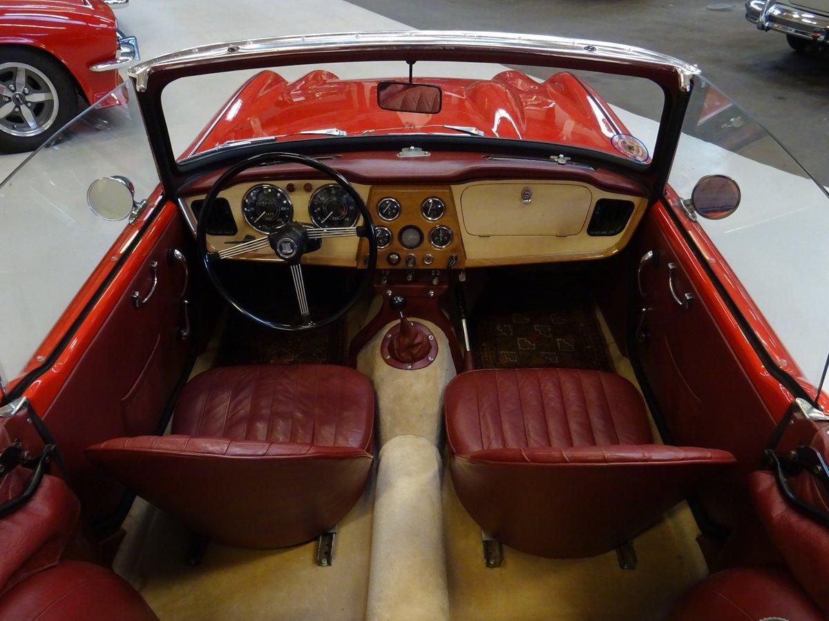 1962 Triumph TR4 – Restored For Sale (picture 10 of 20)