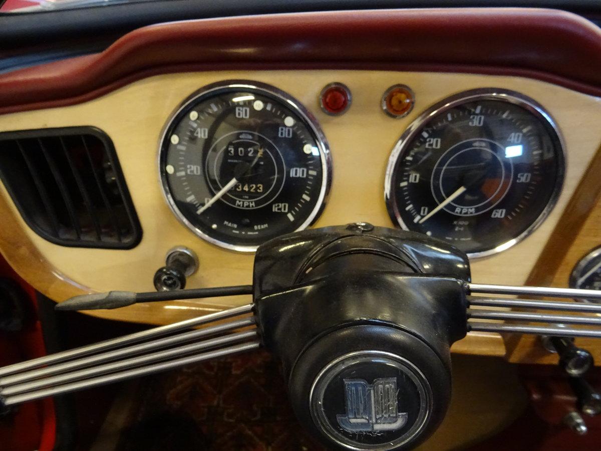 1962 Triumph TR4 – Restored For Sale (picture 14 of 20)