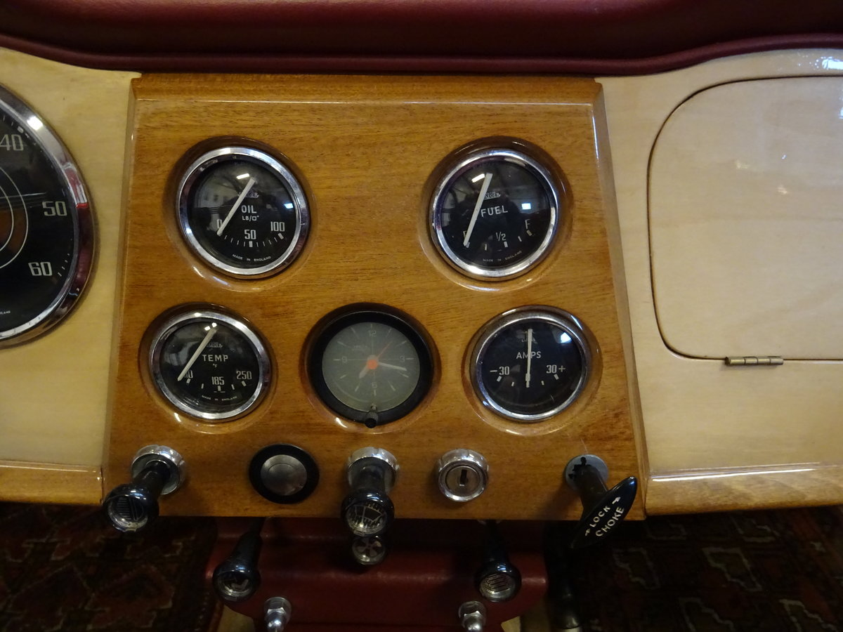 1962 Triumph TR4 – Restored For Sale (picture 15 of 20)