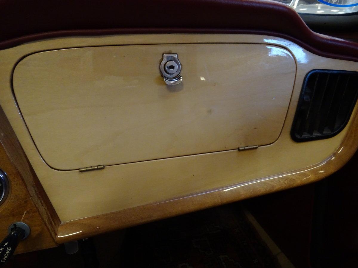 1962 Triumph TR4 – Restored For Sale (picture 16 of 20)