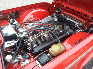 1968 Triumph TR5 uk home market RHD model    SOLD (picture 4 of 6)