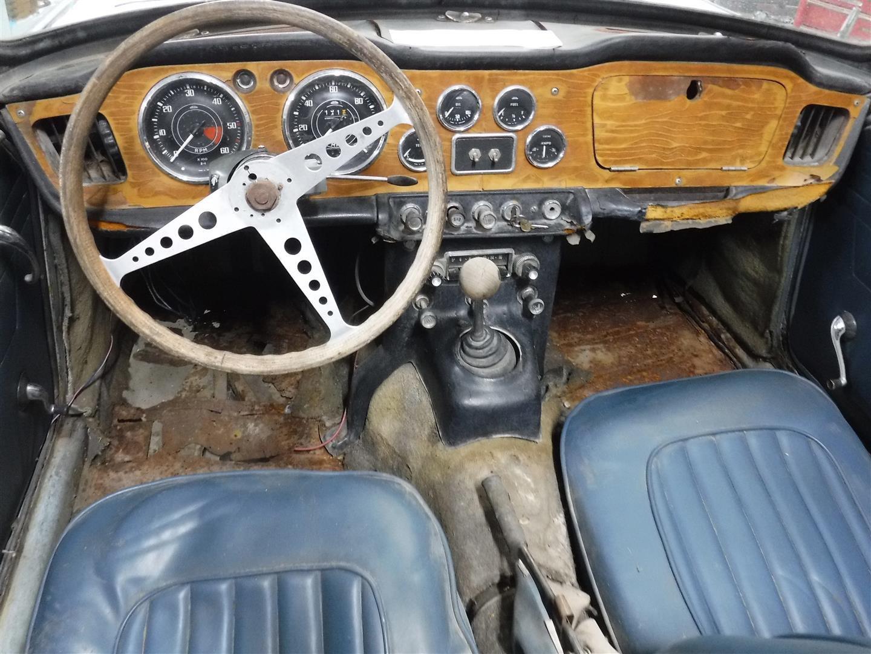 Triumph TR4A 1966 SOLD (picture 4 of 6)