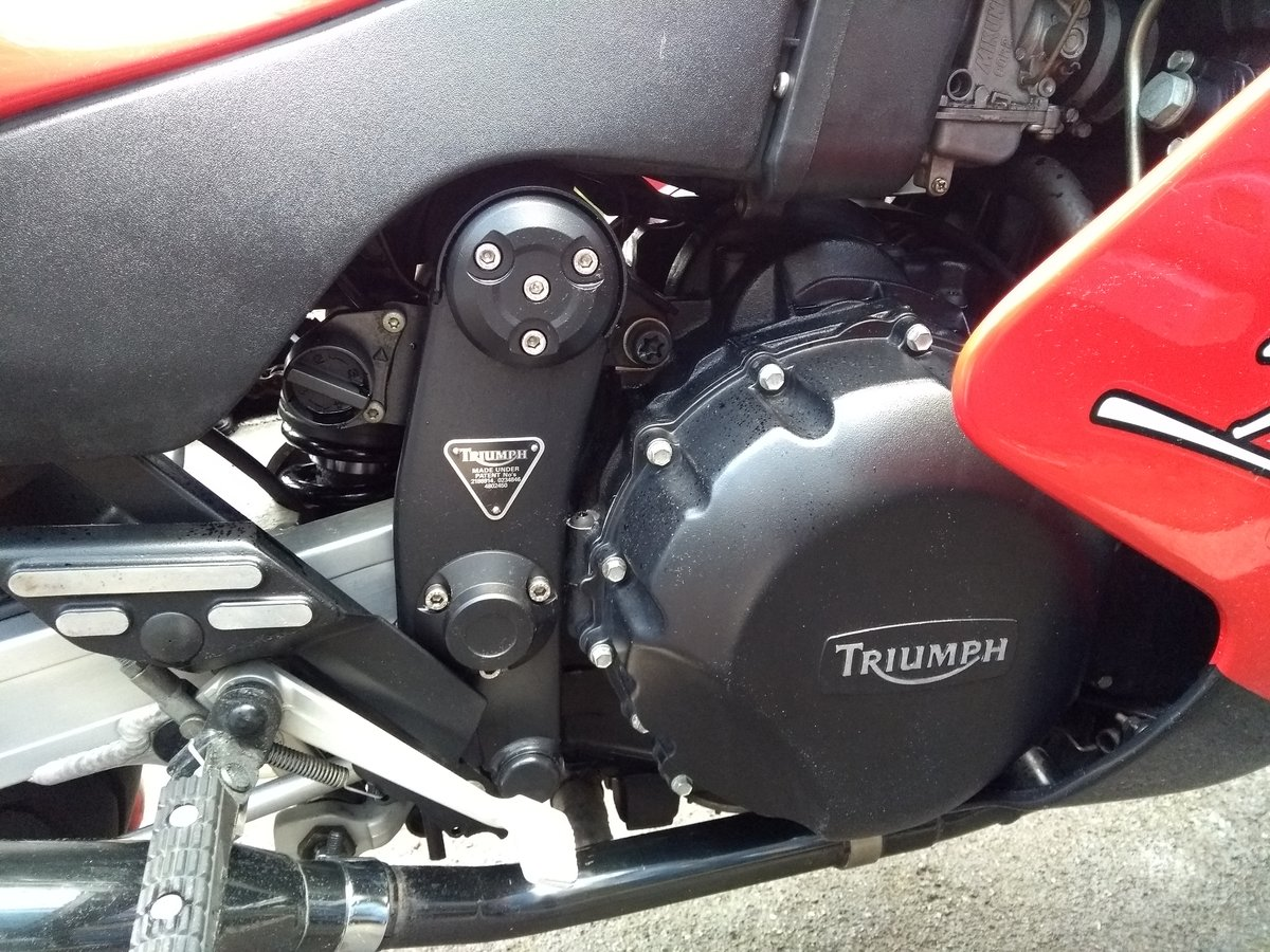 1994 Triumph Daytona 900 triple in red SOLD (picture 6 of 6)