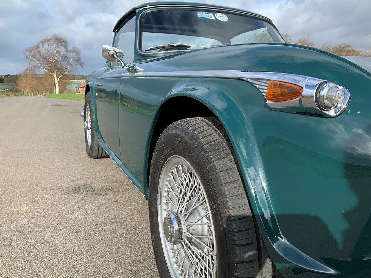 1968/G TRIUMPH TR5 PI WITH SURREY TOP MANUAL O/D GREEN For Sale (picture 6 of 6)