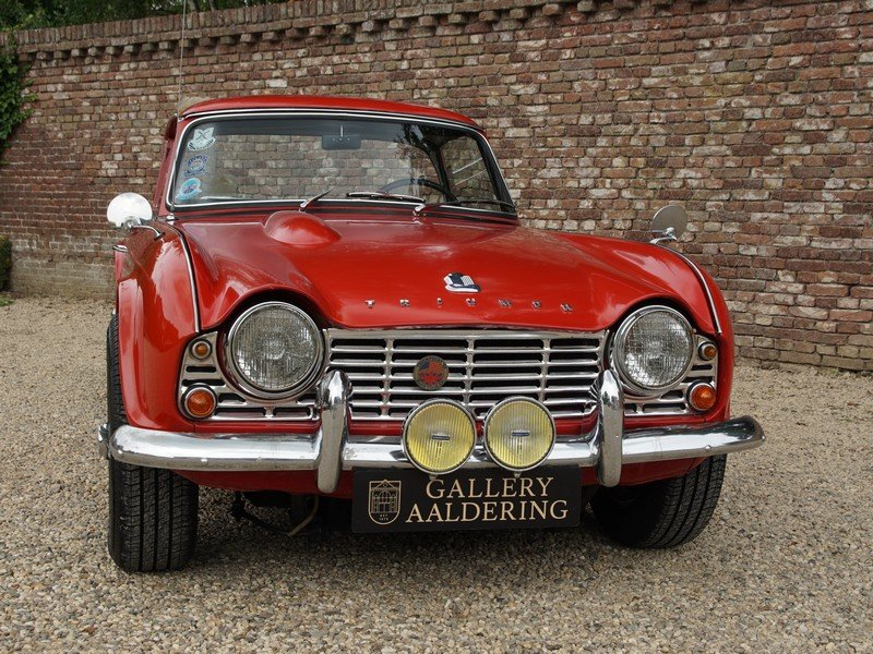 1964 Triumph TR4 Surrey Top documented from day one, two owners f For Sale (picture 5 of 6)