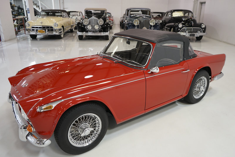1965 Triumph TR4A Roadster For Sale (picture 3 of 6)