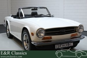 Triumph TR6 Cabriolet 1973 Old English White For Sale