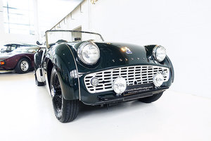 Picture of 1960 Immaculate AUS del., restored TR3A, BRG, tools and books SOLD