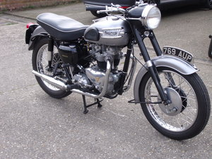 1958 Triumph T110
