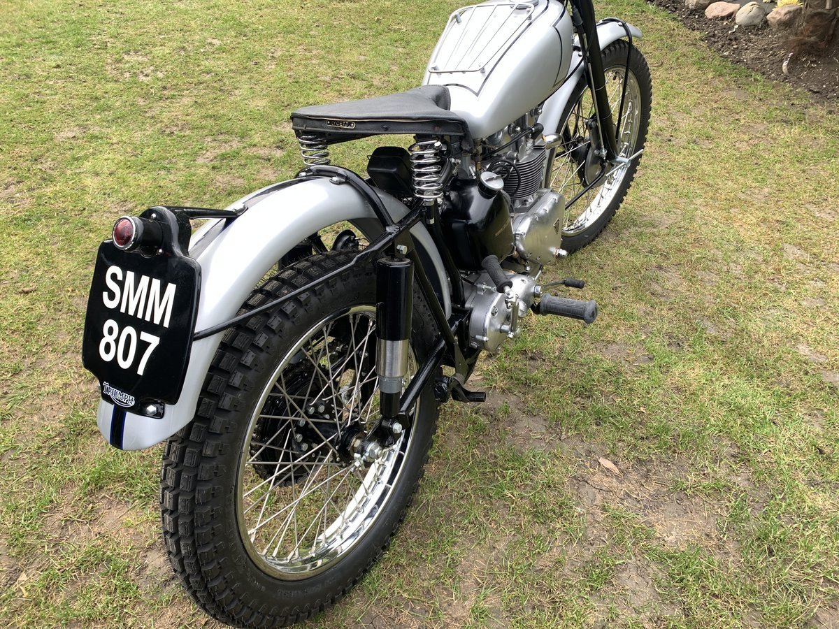 1951 TRIUMPH TROPHY TR5 Famous Rider/Owner For Sale (picture 6 of 12)