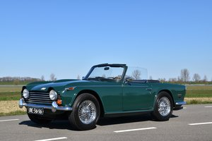 1968 Triumph TR250 in Racing Green