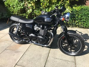 Picture of 2014 Triumph Bonneville SE, Cafe Racer Look SOLD
