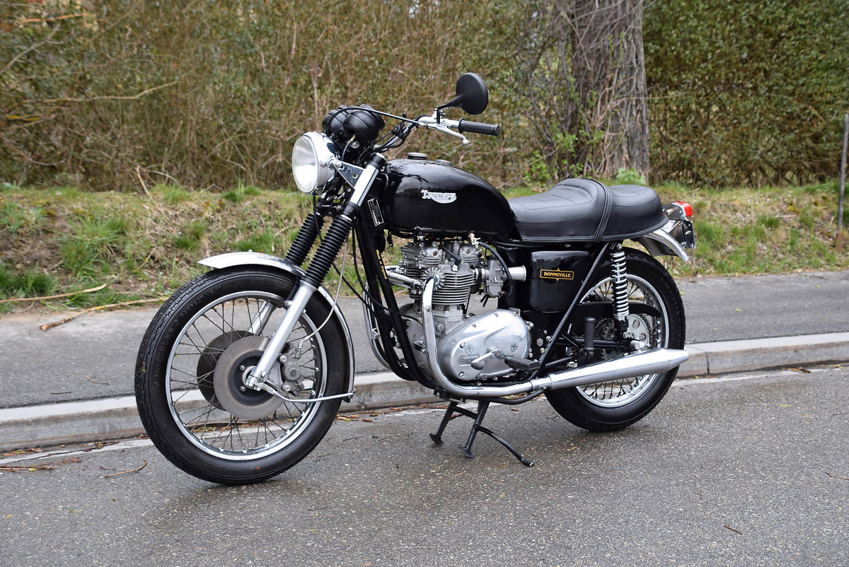 1981 Iconic british motorcycle in very good condition For Sale (picture 1 of 6)