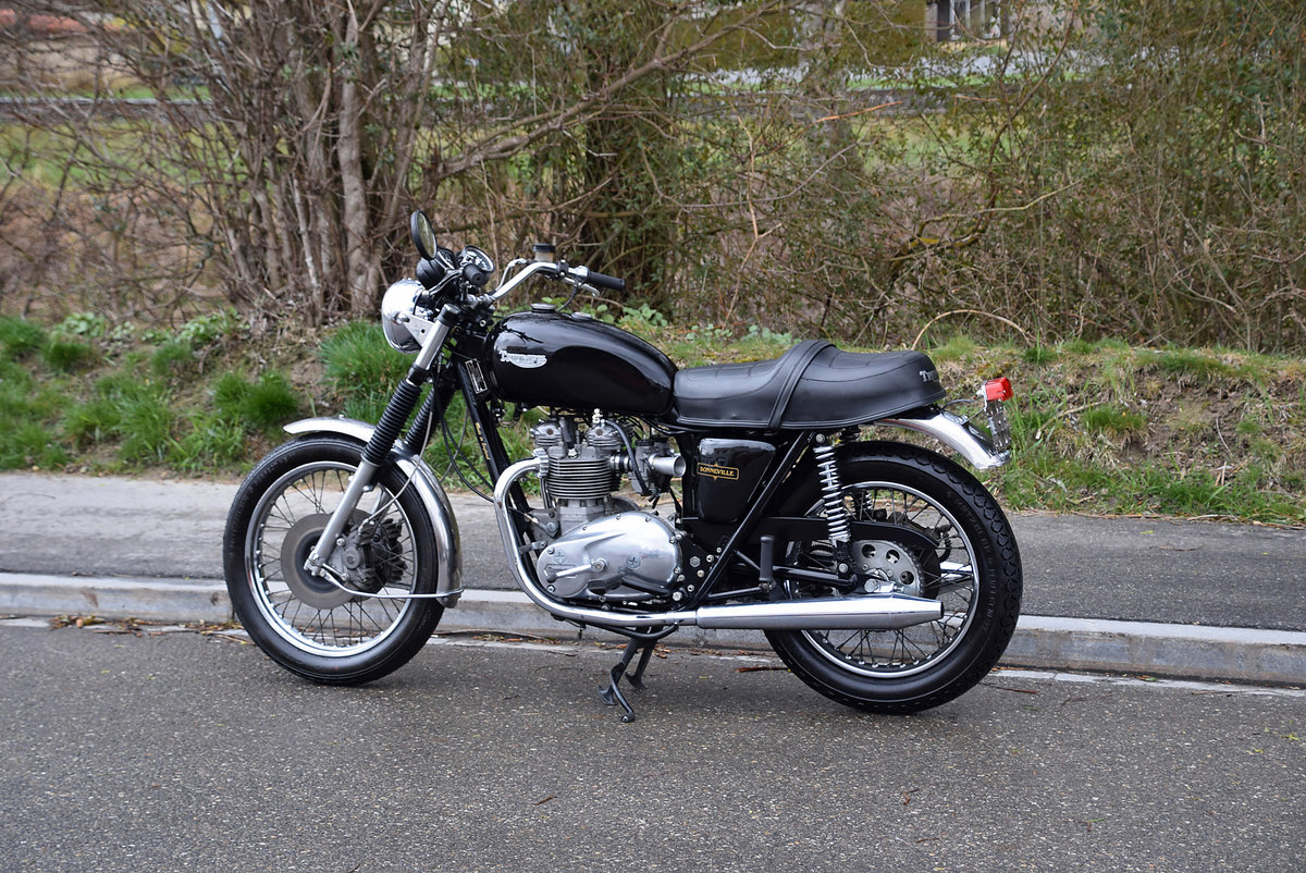 1981 Iconic british motorcycle in very good condition For Sale (picture 2 of 6)