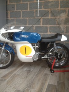 Picture of 1967 Triumph daytona 200 race bike