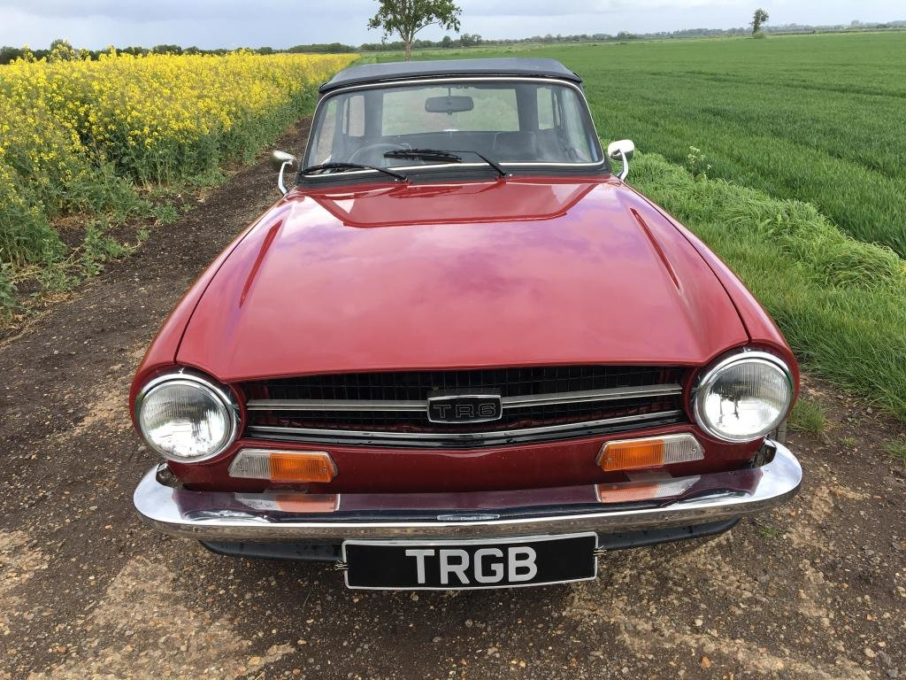 TR6 1973. CARMINE RED WITH BLACK INTERIOR. SOLD (picture 1 of 6)