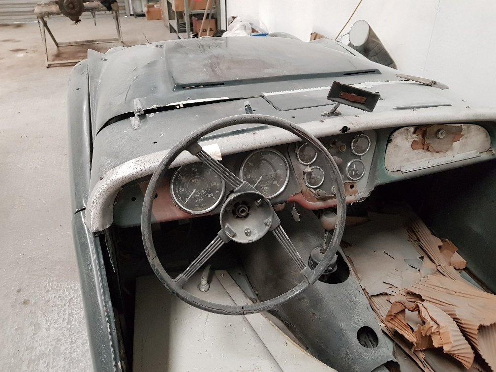 Triumph TR3  1957 disc brakes SOLD (picture 6 of 6)