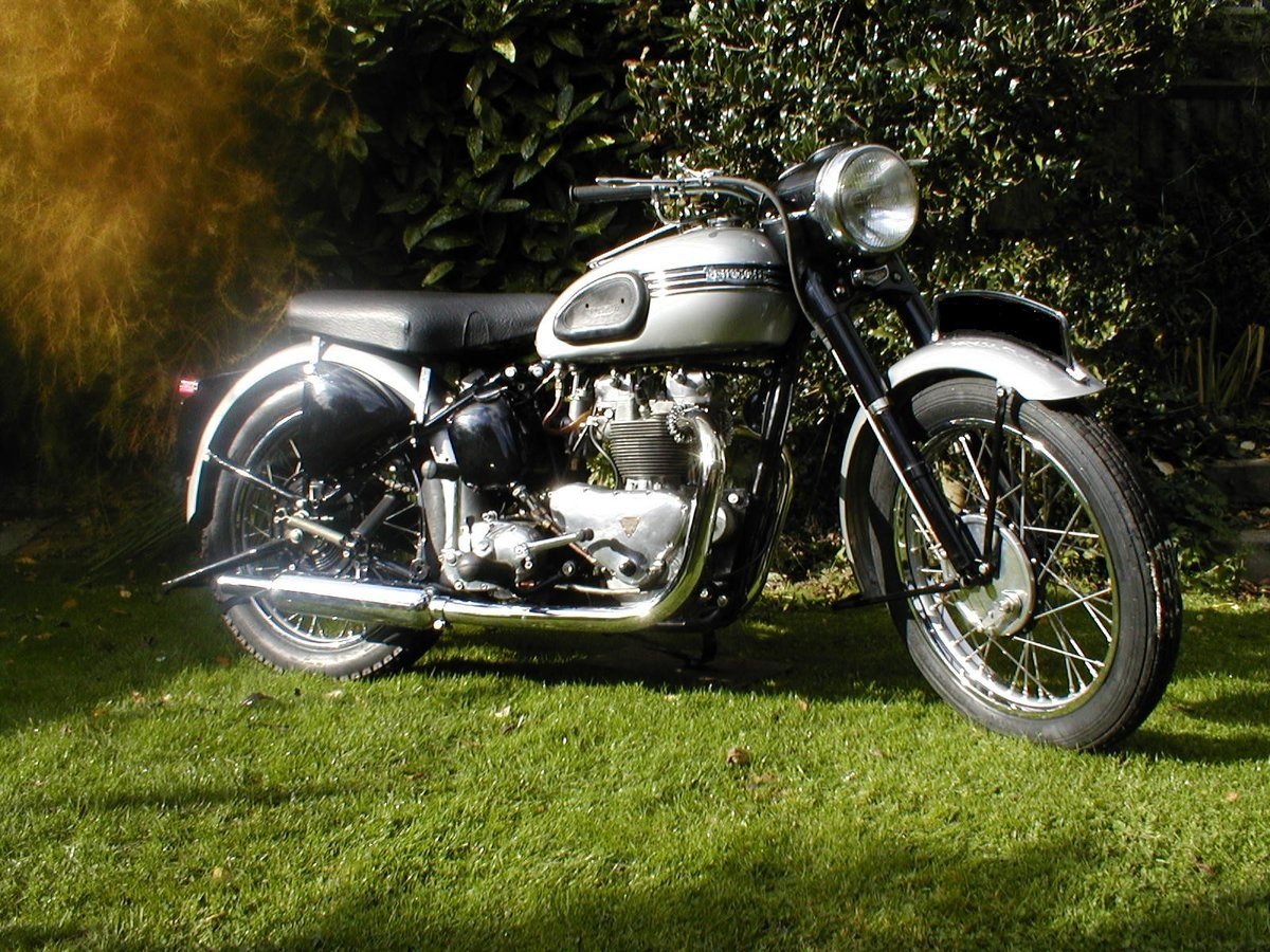 1953 Triumph t100 sprung hub matching numbers For Sale (picture 2 of 6)