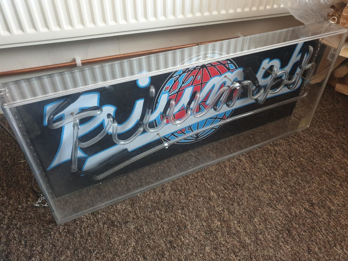 Heritage Neon sign For Sale (picture 1 of 6)