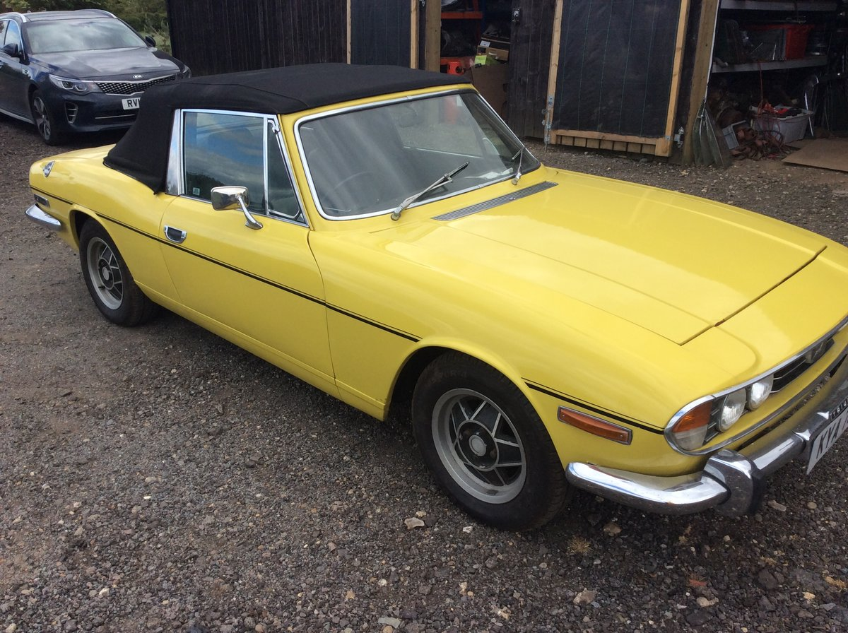1974 Triumph Stag Automatic. Black leather interior. For Sale (picture 2 of 6)