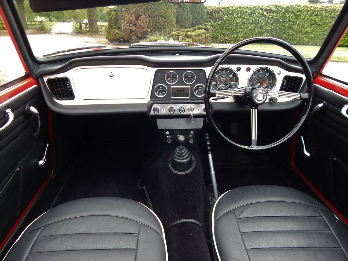 1962 Triumph TR4 Concours Restoration For Sale (picture 2 of 6)