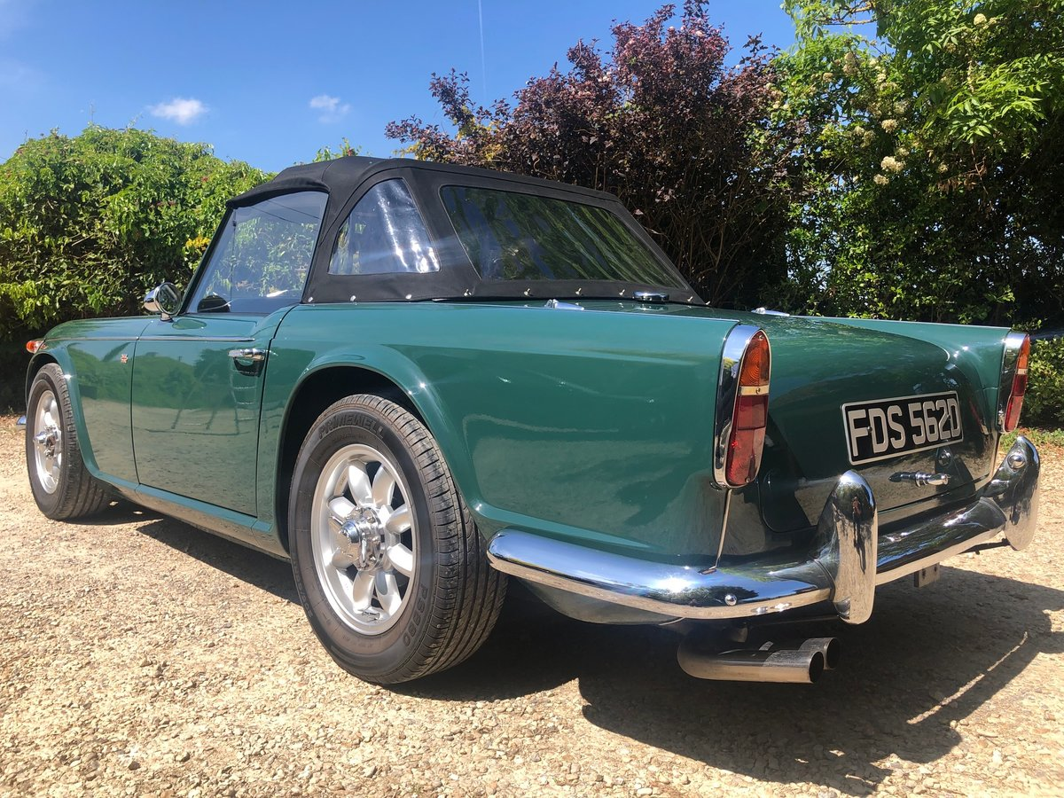 1966 Triumph TR4 IRS  totally rebuilt in 2012  For Sale (picture 3 of 6)